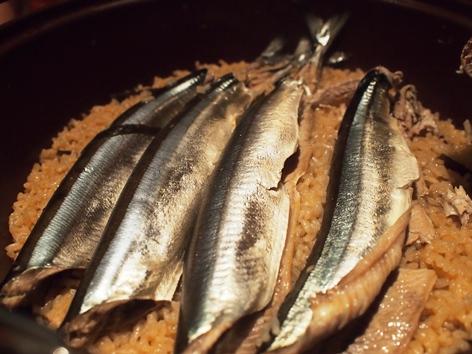 秋刀魚ご飯_e0148373_9132048.jpg