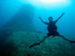 ラチャノイ島+ラチャヤイ島3ダイブ そろそろマンタが・・・_f0144385_7341491.jpg