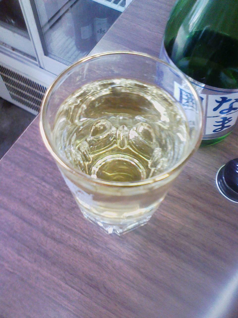 三木の酒「葵鶴」を高台の角打ちで_c0061686_3471118.jpg