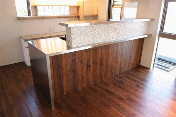 「鶴ヶ島の家」彩りのあるキッチン_f0230666_13243933.jpg