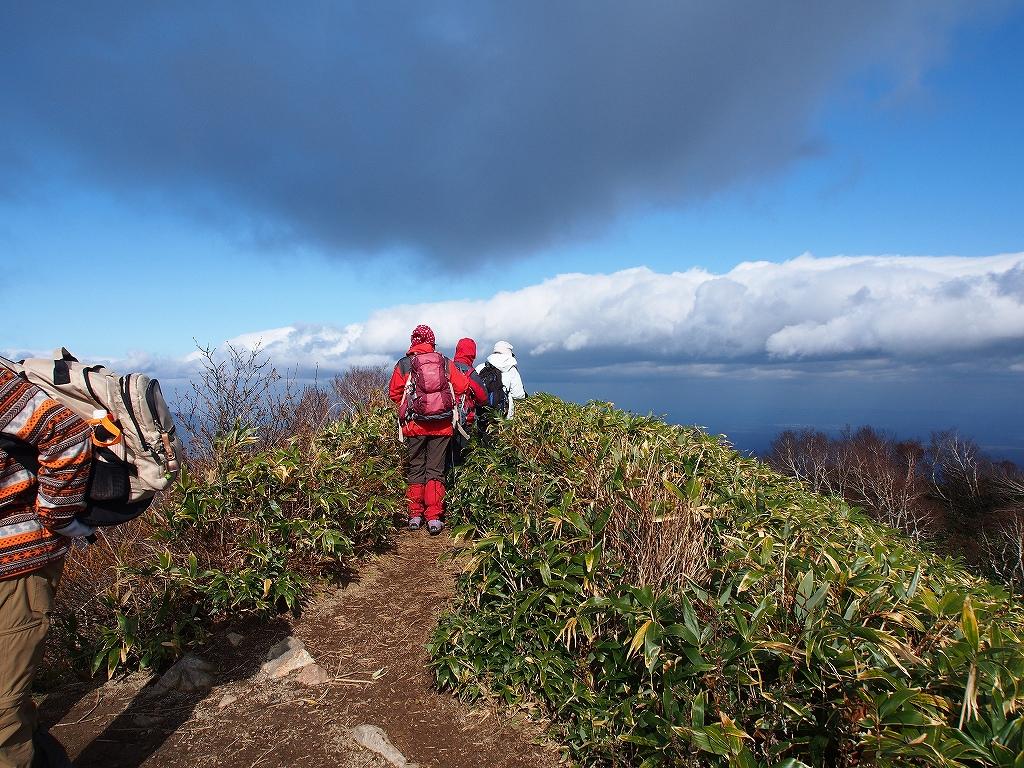 10月21日、風不死岳北尾根コース_f0138096_15232534.jpg