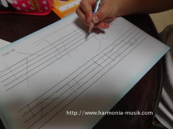 読み書きピアノ 2 _d0165645_9224233.jpg