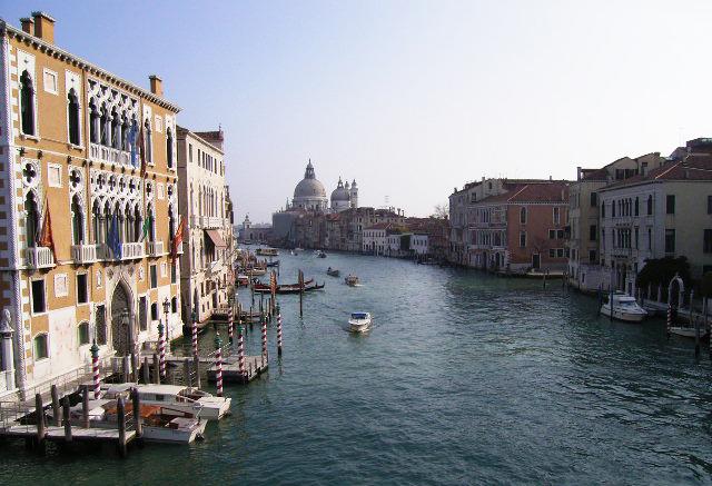 ヴェネツィア病_b0282654_12113188.jpg