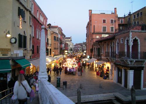 ヴェネツィアへ_b0282654_23435267.jpg