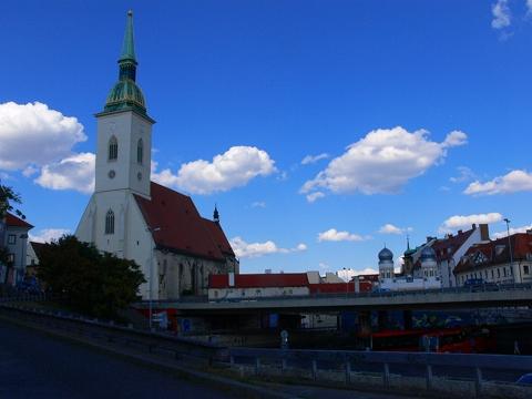 中欧家族旅行2012年08月-第五日目-スロヴァキア・ブラティスラヴァ散策_c0153302_1629334.jpg