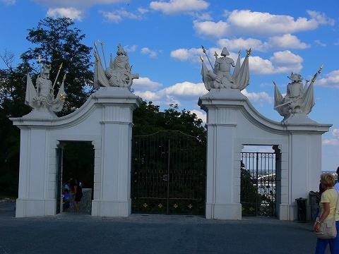 中欧家族旅行2012年08月-第五日目-スロヴァキア・ブラティスラヴァ散策_c0153302_16313642.jpg