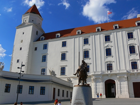 中欧家族旅行2012年08月-第五日目-スロヴァキア・ブラティスラヴァ散策_c0153302_16314242.jpg