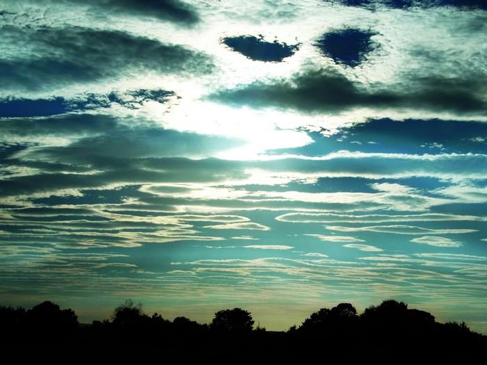 ストーンヘンジの空。_d0116009_1124197.jpg