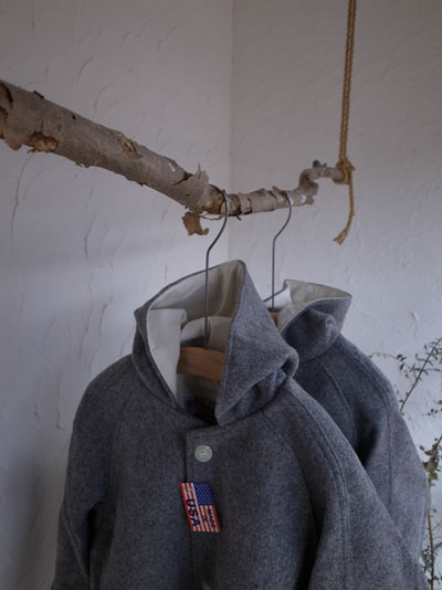HOODED SUR COAT_a0113127_12573161.jpg