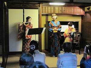 金澤はいから小町コンサート_f0233340_3111614.jpg