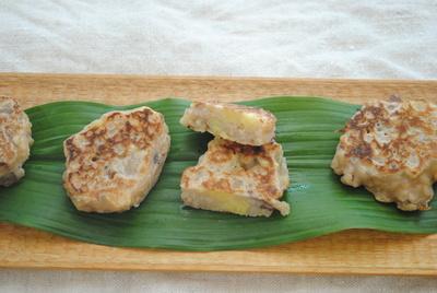 穀物のおやつ 小豆玄米粥のおやき_b0252363_1514174.jpg
