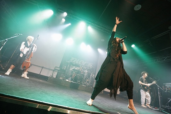 MUCC・Alice Nine・ギルガメ出演【JROCK EVOLUTION 2012】の台北公演レポート_e0197970_0394796.jpg