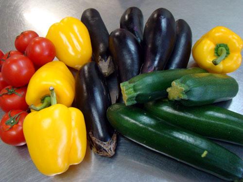 肉詰めの野菜&レモンケーキ_a0063103_21152463.jpg