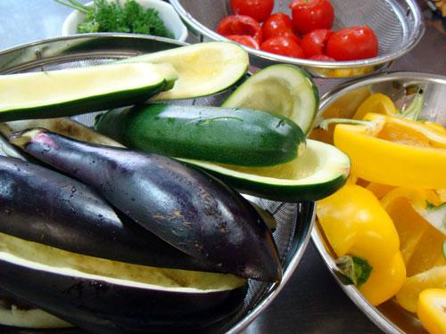 肉詰めの野菜&レモンケーキ_a0063103_21152898.jpg