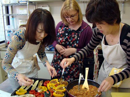 肉詰めの野菜&レモンケーキ_a0063103_21153516.jpg