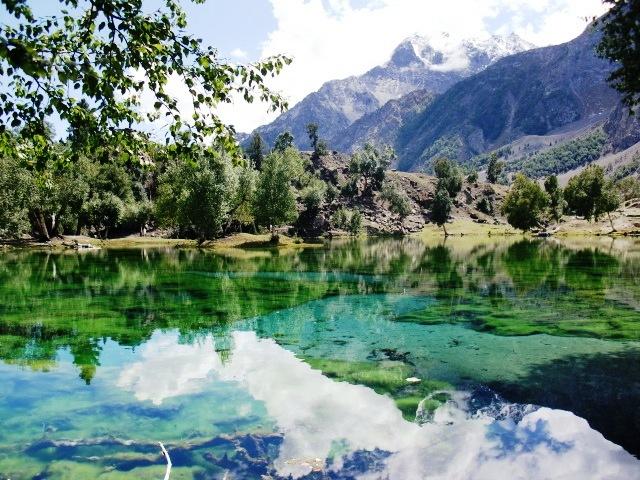 ナルタル湖_c0190938_15454978.jpg