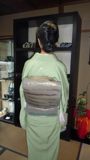 加藤ますえさん・色無地の着姿2パターン。_f0181251_1724427.jpg