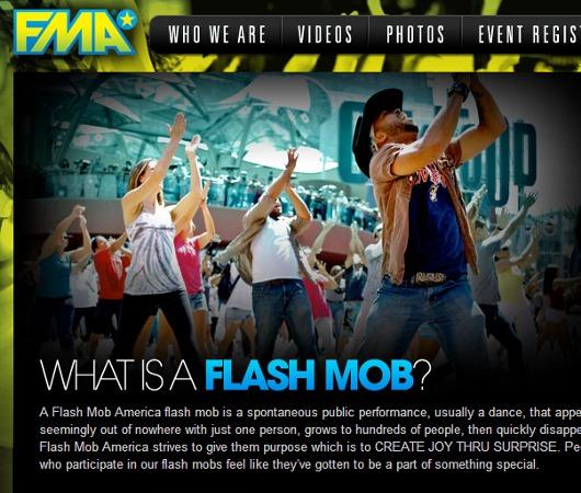 近年、ニューヨークではフラッシュ・モブ(Flash Mob)が増加中_b0007805_20333155.jpg
