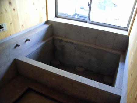 白河石の浴室_b0038919_10271371.jpg