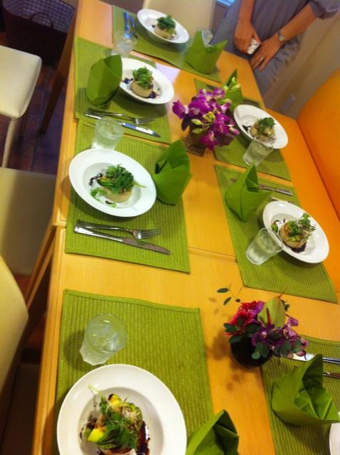 野菜でごちそう料理教室「ごぼうの赤ワイン煮 など」 & れいな先生の本!!_f0141419_2314234.jpg