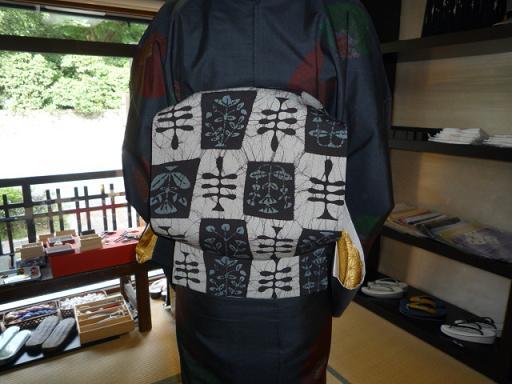 4周年・着付けの教室を始められたお客様の着姿。_f0181251_19321180.jpg