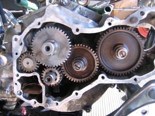 50EL パンヘッド エンジン組み付ける_a0257316_21402726.jpg