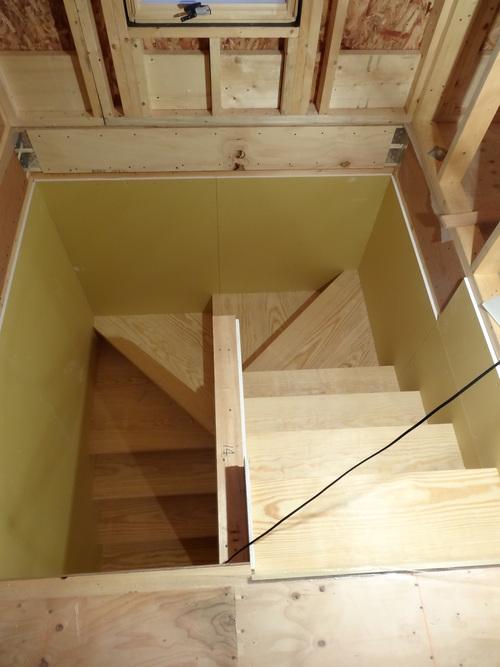 階段_a0288621_728211.jpg