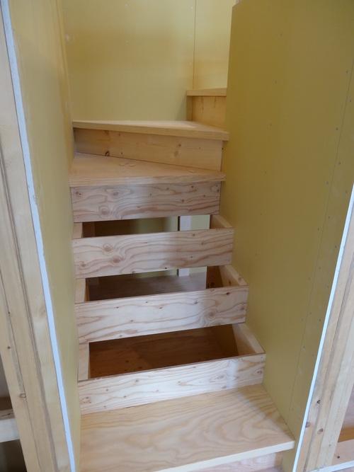階段_a0288621_7292560.jpg