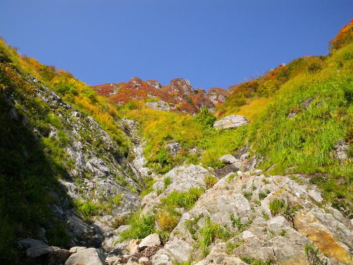 紅葉の朝日連峰祝瓶山コカクナラ沢 ~ 2012年10月22日_f0170180_3352267.jpg