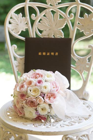 リボンブーケ*ころんとまるいバラの花で & シャンパングラスフラワー2 to 軽井沢ホテルブレストンコート様_a0115684_0572593.jpg