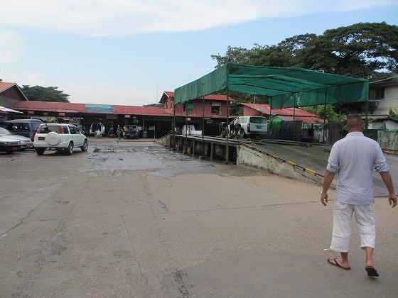 ミャンマー ヤンゴン 中古車 輸出 輸入 トミーモータース ランクル 3 二日目_b0127002_19105715.jpg
