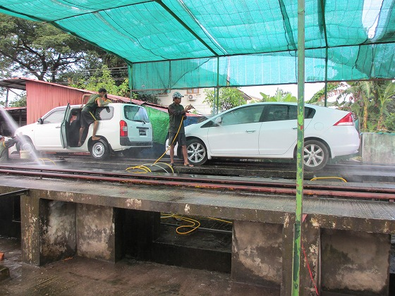 ミャンマー ヤンゴン 中古車 輸出 輸入 トミーモータース ランクル 3 二日目_b0127002_19113940.jpg