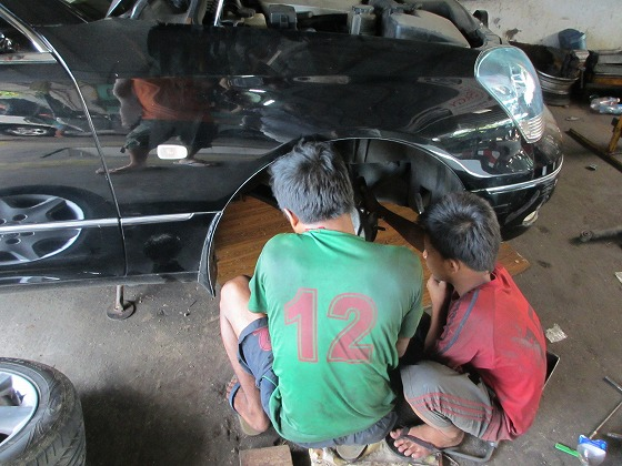 ミャンマー ヤンゴン 中古車 輸出 輸入 トミーモータース ランクル 3 二日目_b0127002_19244634.jpg