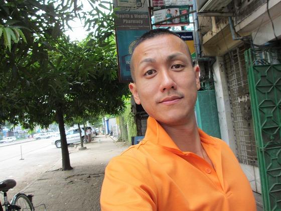 ミャンマー ヤンゴン 中古車 輸出 輸入 トミーモータース ランクル 3 二日目_b0127002_19355823.jpg