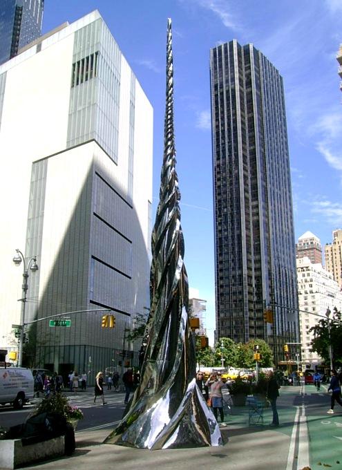 NYブロードウェイの57~157丁目間でパブリック・アート展 Saint Clair Cemin on Broadway_b0007805_23351195.jpg