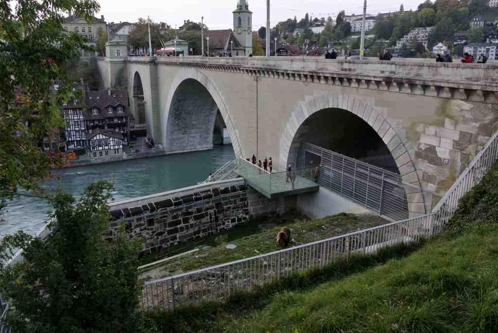 スイス紀行5:世界遺産都市「ベルン」_a0148206_15325753.jpg