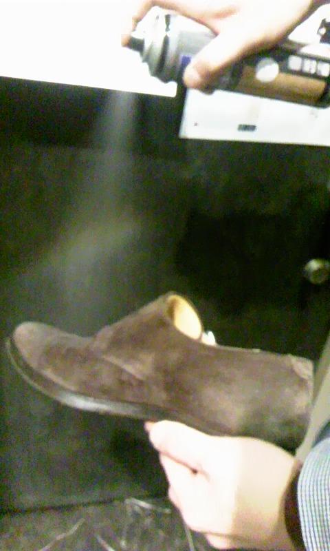 雨の日に履く靴とは??_b0226322_18274680.jpg