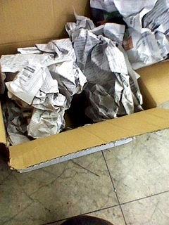 日本の梱包 海外の梱包_d0171835_16431125.jpg