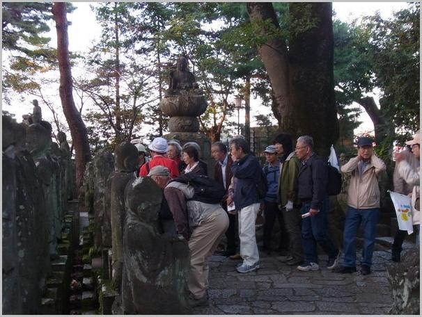 毎年恒例の川越は喜多院の羅漢さんを描きに行く。_a0086270_1955950.jpg