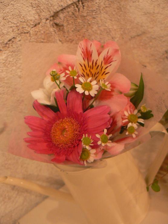 お花の贈り物。。。。_b0210688_1844023.jpg