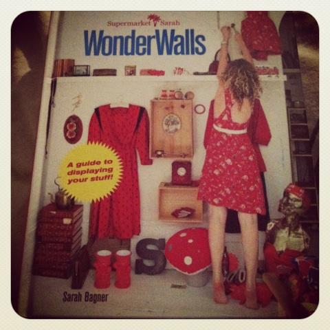WONDER  WALLS_b0123314_1651830.jpg
