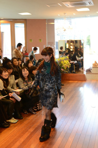 yokoaunty 2012 AW fashion party★_e0275122_144443.jpg