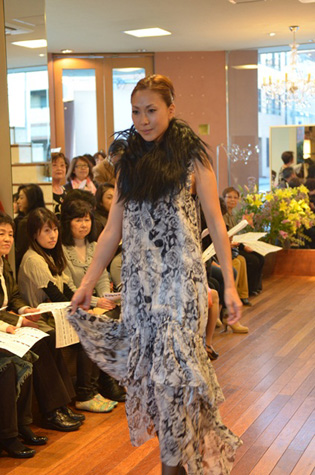 yokoaunty 2012 AW fashion party★_e0275122_1538154.jpg