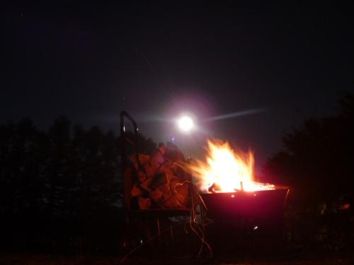 焚き火でポカポカ_b0174425_19162314.jpg