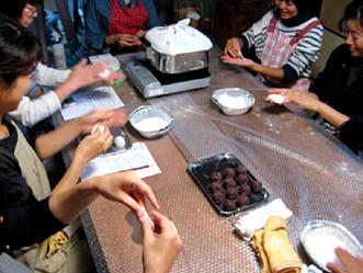 町家で和菓子教室〜秋の上用饅頭作り〜ご報告_b0153663_16244646.jpg