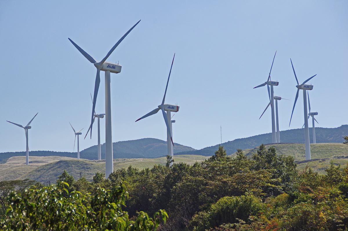 阿蘇風力発電。_b0044115_8265074.jpg