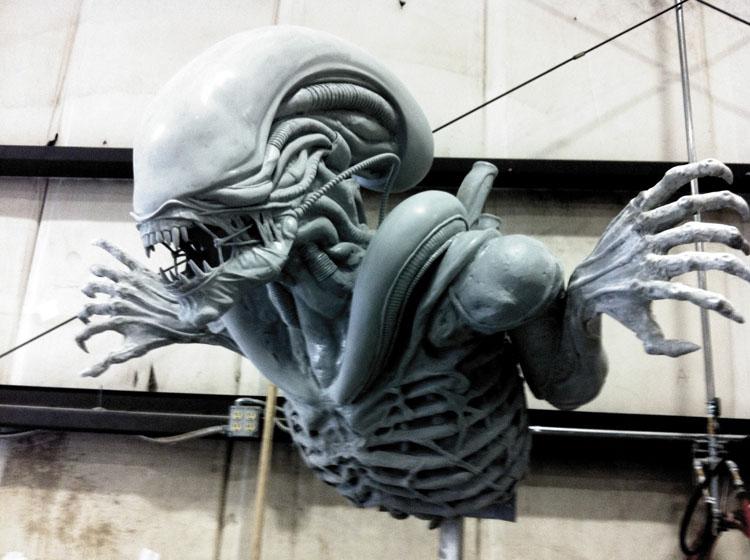 この迫力ある彫刻を見よ!_a0077842_1304963.jpg