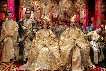 絢爛豪華なセットで繰り広げられる、ドロドロの愛憎劇 『王妃の紋章 ...