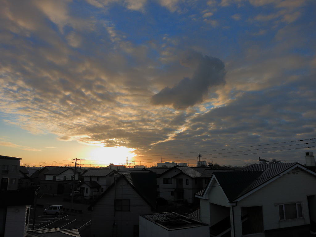 日の出位置 だいぶ南に_a0160581_9413313.jpg