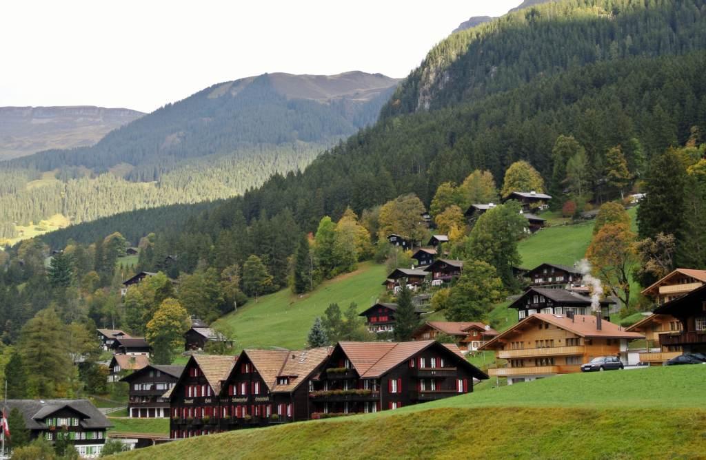 スイス紀行6:アイガーの村、グリンデルワルト_a0148206_20174075.jpg